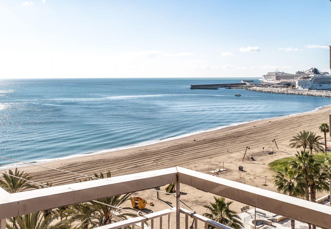 Strandlejlighed i Malaga by med fantastisk havudsigt